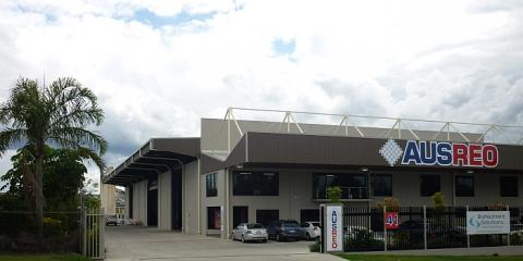 Office space at the front of this large industrial building in Carole Park Ipswich