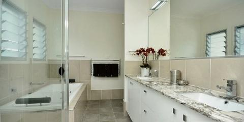 Contemporary ensuite in Clayfield Brisbane by Building Designer Design 2B